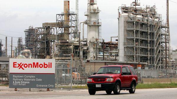 Нефтеперерабатывающий завод ExxonMobil, штат Техас