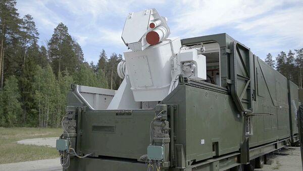Изображение лазерного комплекса во время трансляции послания президента РФ Владимира Путина Федеральному собранию