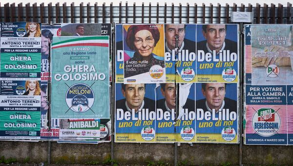 Предвыборные агитационные плакаты лидеров партий и движений, участвующих в парламентских выборах в Италии