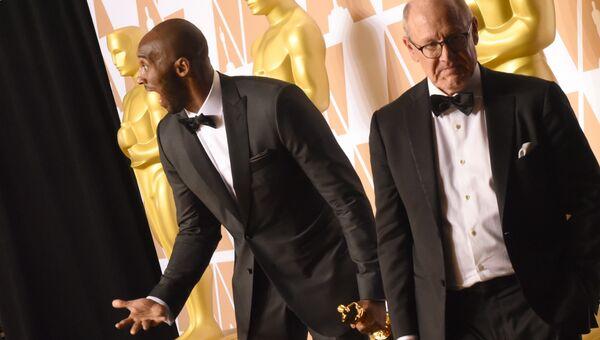 Коби Брайант и Глен Кин на церемонии вручения премии Оскар