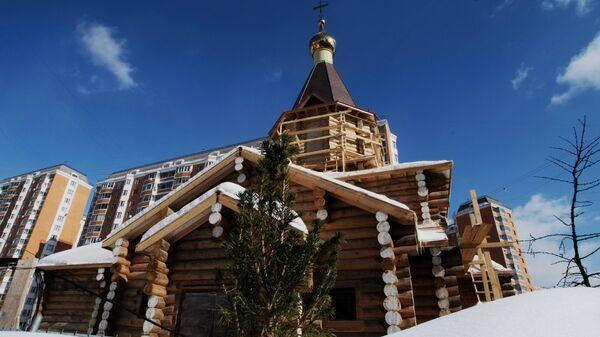 Строящийся храм в честь 12 апостолов в Ховрине