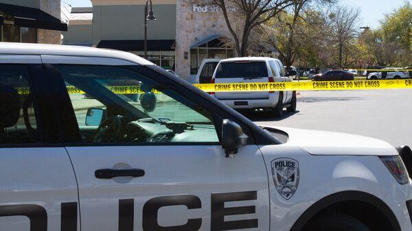 Сотрудники полиции и ФБР в Остине, штат Техас. 21 марта 2018