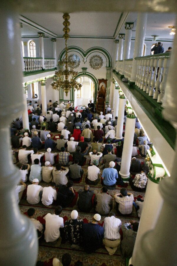 До 100 тыс мусульман в Бишкеке примут участие в праздничном намазе