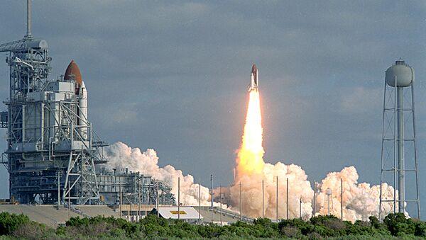 Запуск шаттла Колумбия с космическим телескопом Хаббл