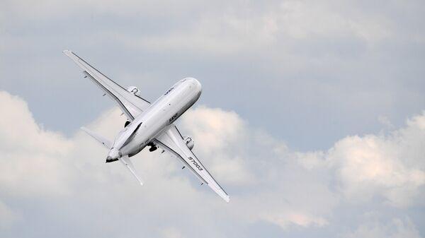 Ближнемагистральный пассажирский самолет Sukhoi Superjet 100