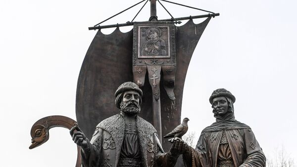 Памятник святым Петру и Февронии в Екатеринбурге