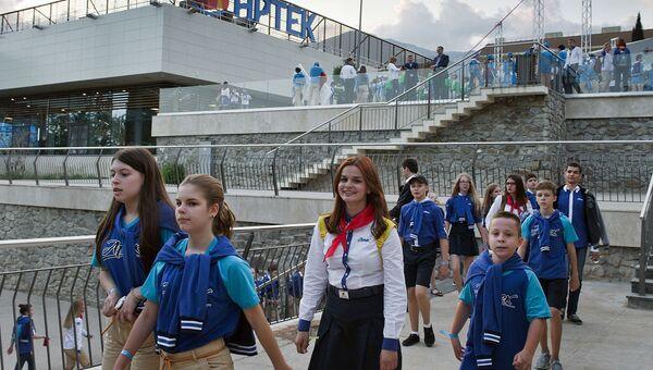 Среди юных добровольцев будет разыграно 150 путевок в Артек