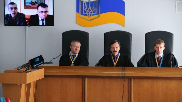 Заседание Оболонского суда Киева по делу бывшего президента Украины Виктора Януковича. 4 апреля 2018