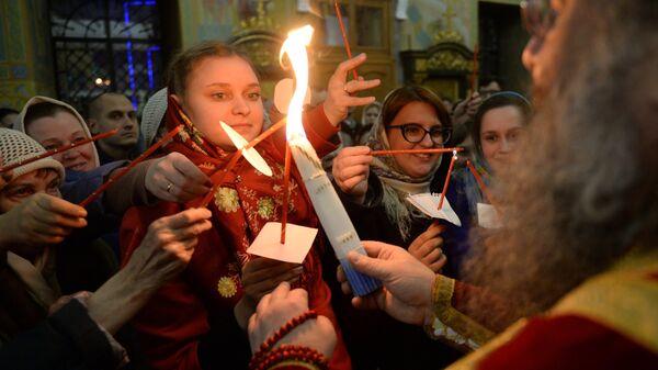 Празднование Пасхи в Свято-Троицком кафедральном соборе Екатеринбурга