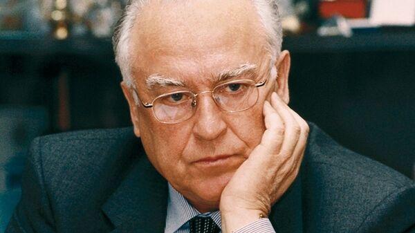 Виктор Черномырдин в 2003 году