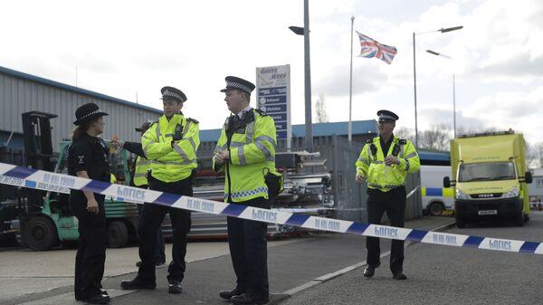 Сотрудники английской полиции