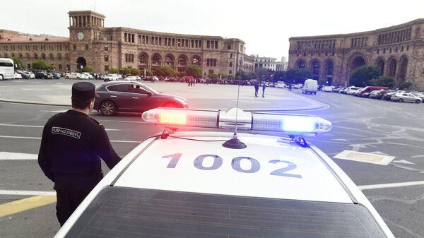 Полицейская машина в Ереване