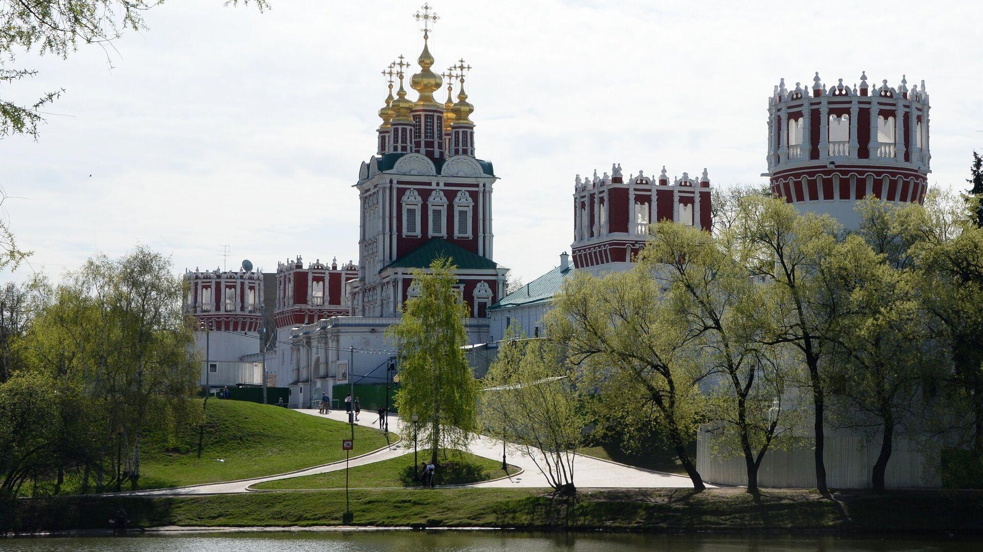 Стены Новодевичьего монастыря в Москве - РИА Новости, 1920, 27.07.2021
