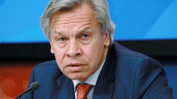 Член Совета Федерации Федерального Собрания РФ Алексей Пушков. Архивное фото