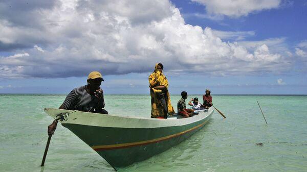 Рыбаки племени Баджо на острове Сулавеси, Индонезия. 2009 год