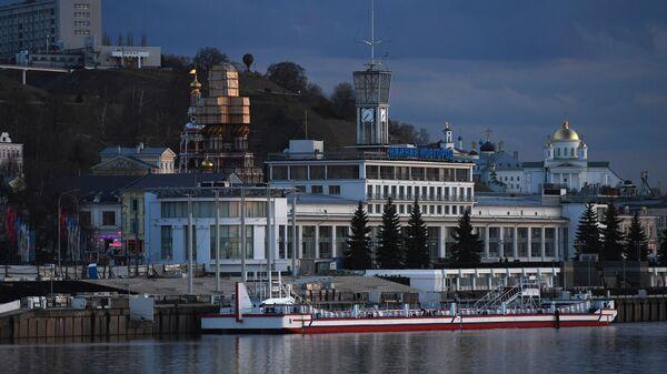 Вид на речной вокзал в Нижнем Новгороде