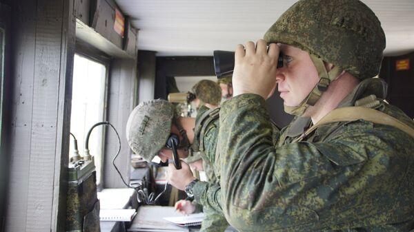 Военнослужащие во время учений Народной милиции ЛНР по огневой подготовке. Архивное фото