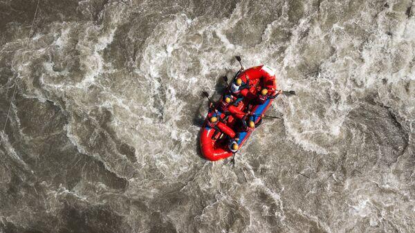Сплав по реке. Архивное фото