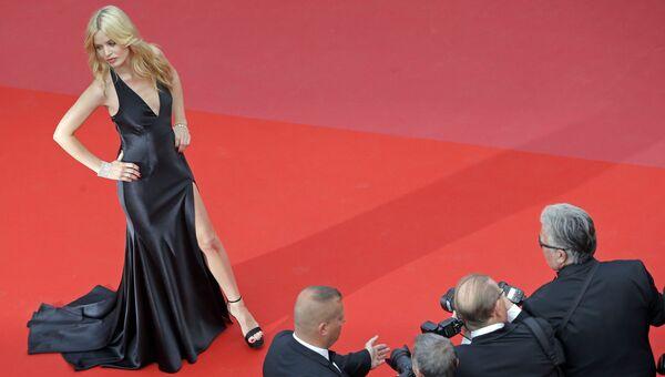 Модель Джорджия Мэй Джаггер на красной дорожке церемонии открытия 71-го Каннского международного кинофестиваля