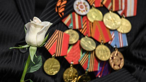 Китель с медалями ветерана Великой Отечественной войны. Архивное фото