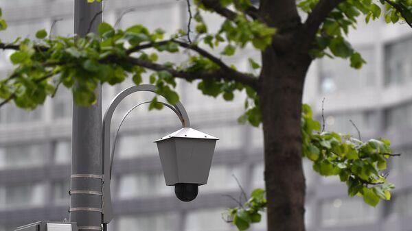 Дорожная камера нового типа «Стрит Фалькон», установленная на Новом Арбате Москвы