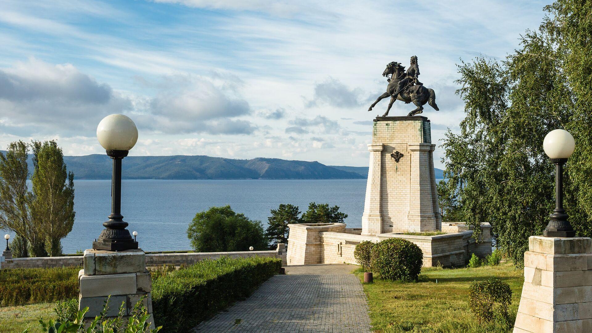 Памятник Василия Татищева в Тольятти - РИА Новости, 1920, 21.07.2021