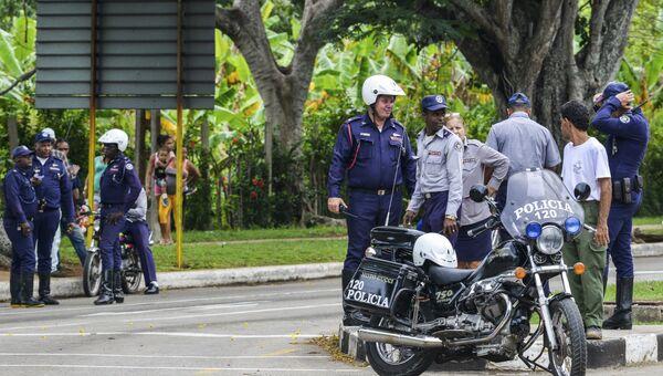 Полиция на улицах Гаваны после произошедшей на Кубе авиакатастрофы. 18.05.2018