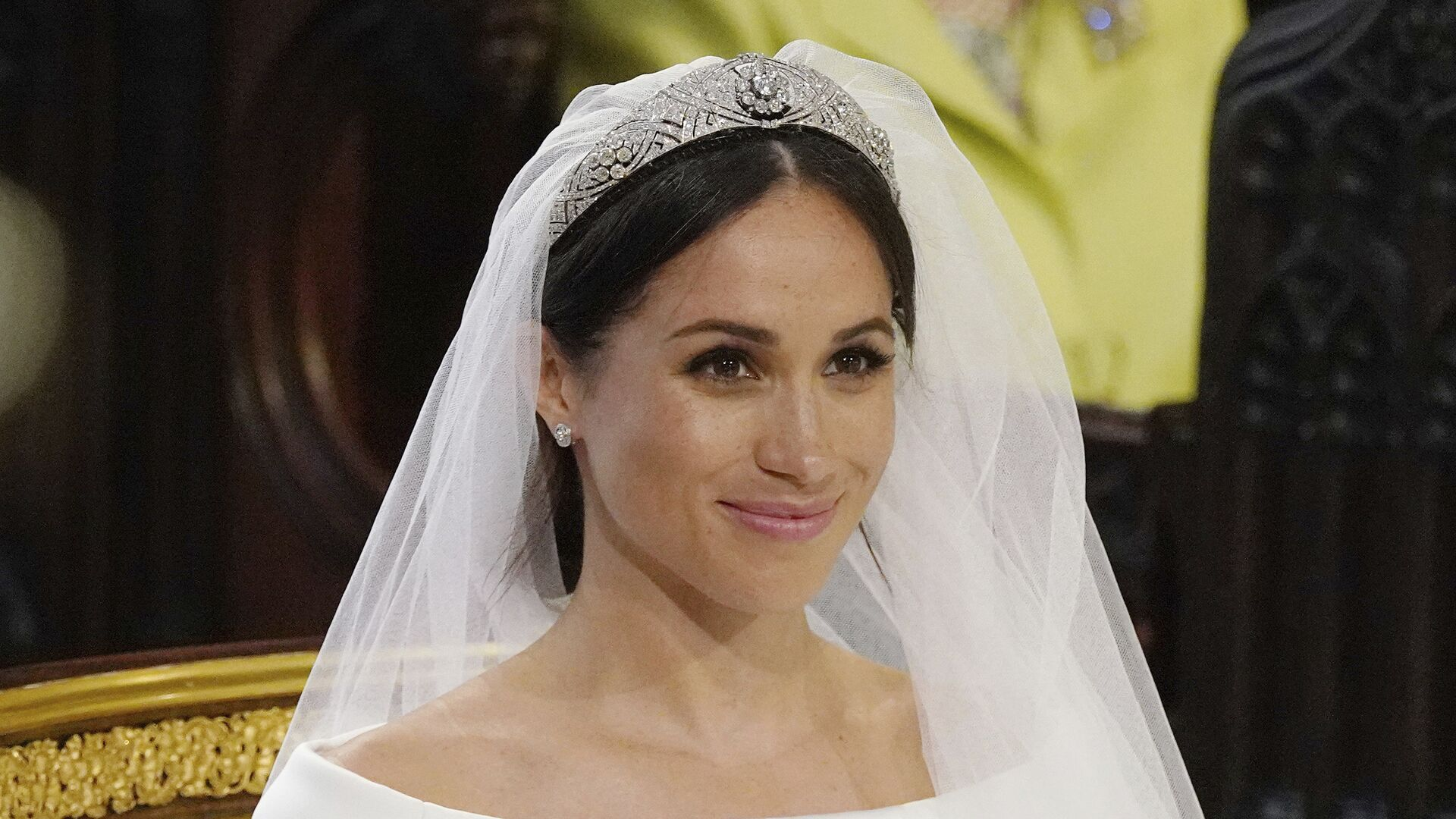 Меган Маркл во время свадебной церемонии в часовне Святого Георгия в Виндзорском замке недалеко от Лондона, Англия. 19 мая 2018  - РИА Новости, 1920, 02.07.2020