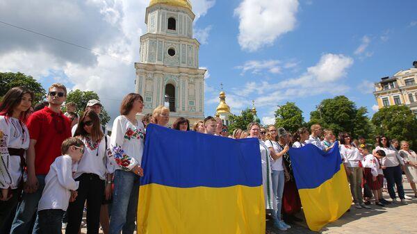 Участники марша вышиванок в Киеве. 19 мая 2018
