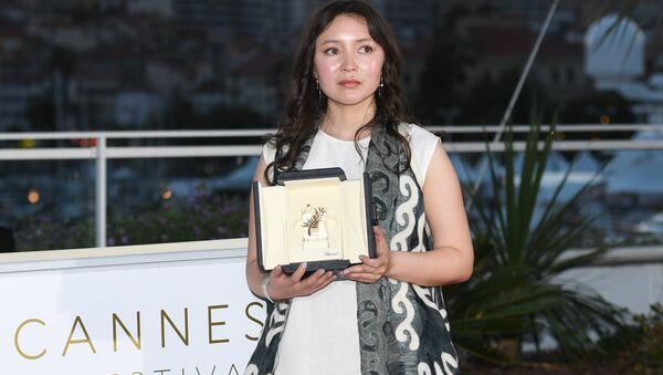 Актриса Самал Еслямова на фотосессии победителей в рамках церемонии закрытия 71-го Каннского международного кинофестиваля