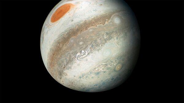Новая фотография Юпитера, полученная зондом Juno