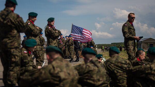 Флаг США на военной базе в Польше