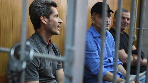 Братья Зиявудин и Магомед Магомедовы в суде. Архивное фото