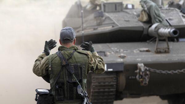 Израильский солдат на Голанских высотах