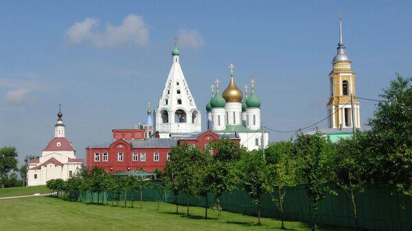 Успенский Кафедральный собор на Cоборной площади Коломенского кремля