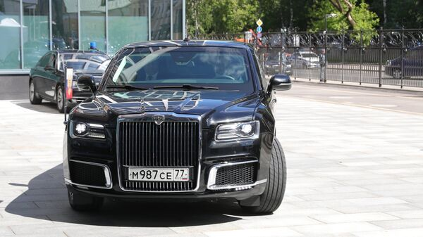 Автомобиль Aurus кортежа президента РФ Владимира Путина