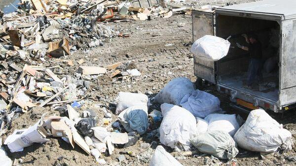 ОНФ выявил нарушения в рекультивации мусорного полигона Кулаковский