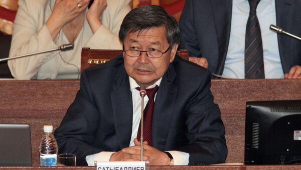 Экс-премьер Киргизии Жанторо Сатыбалдиев. Архивное фото