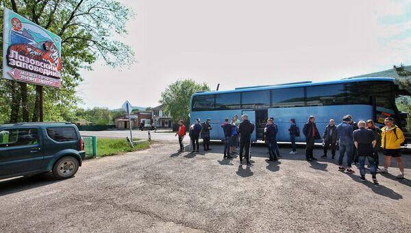25 студентов со всей России приступили к благоустройству экологических троп в Лазовском заповеднике