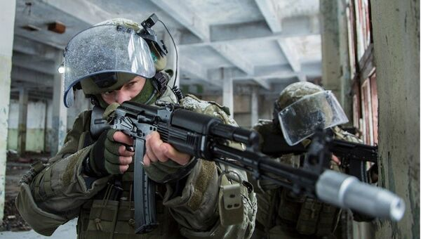 Практическая тренировка подразделений штурма и разграждения инженерно-саперного соединения инженерных войск ВС РФ