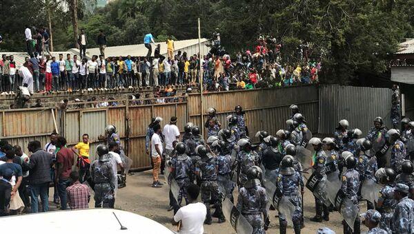 В столице Эфиопии Аддис-Абебе на митинге в поддержку премьер-министра произошел взрыв