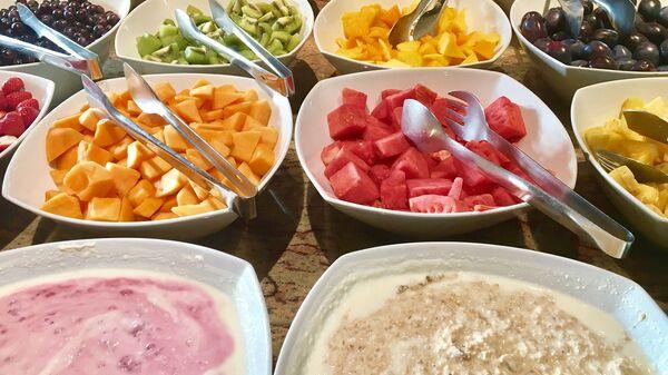 Блюда на шведском столе