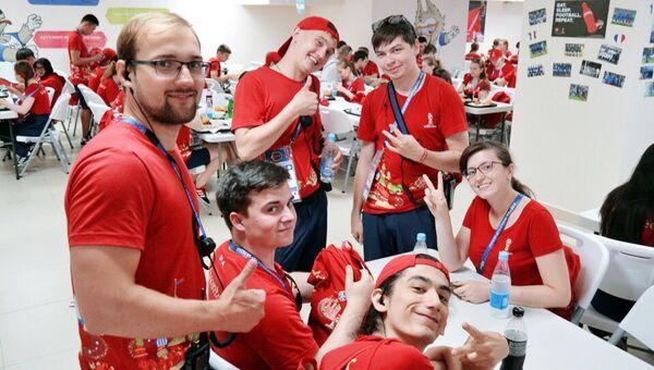 Работа по подготовке волонтеров для Казани началась в декабре 2015 года