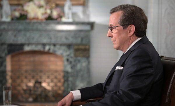 Ведущий телеканала Fox News Крис Уоллес во время интервью в Хельсинки президента РФ Владимира Путина