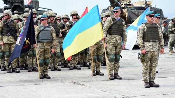 Военнослужащие армии Украины на открытии международных военных учений под эгидой НАТО