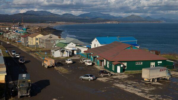Юго-восточная часть поселка Южно-Курильск на острове Кунашир