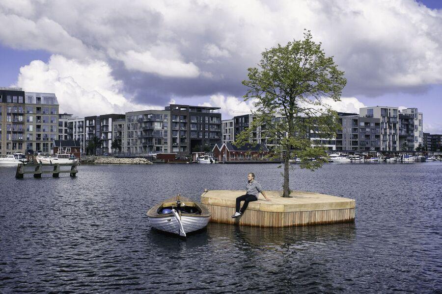 Плавучий остров в гавани Копенгагена