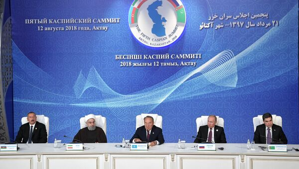 Президент РФ Владимир Путин во время заявления по итогам саммита глав государств-участников V Каспийского саммита в Актау. Архивное фото