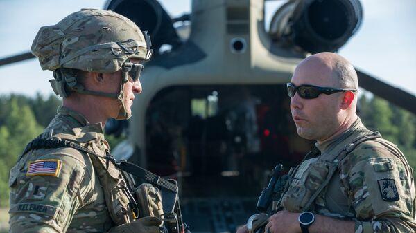 Военнослужащие армии США во время учений войск НАТО в городе Казлу-Руда, Литва