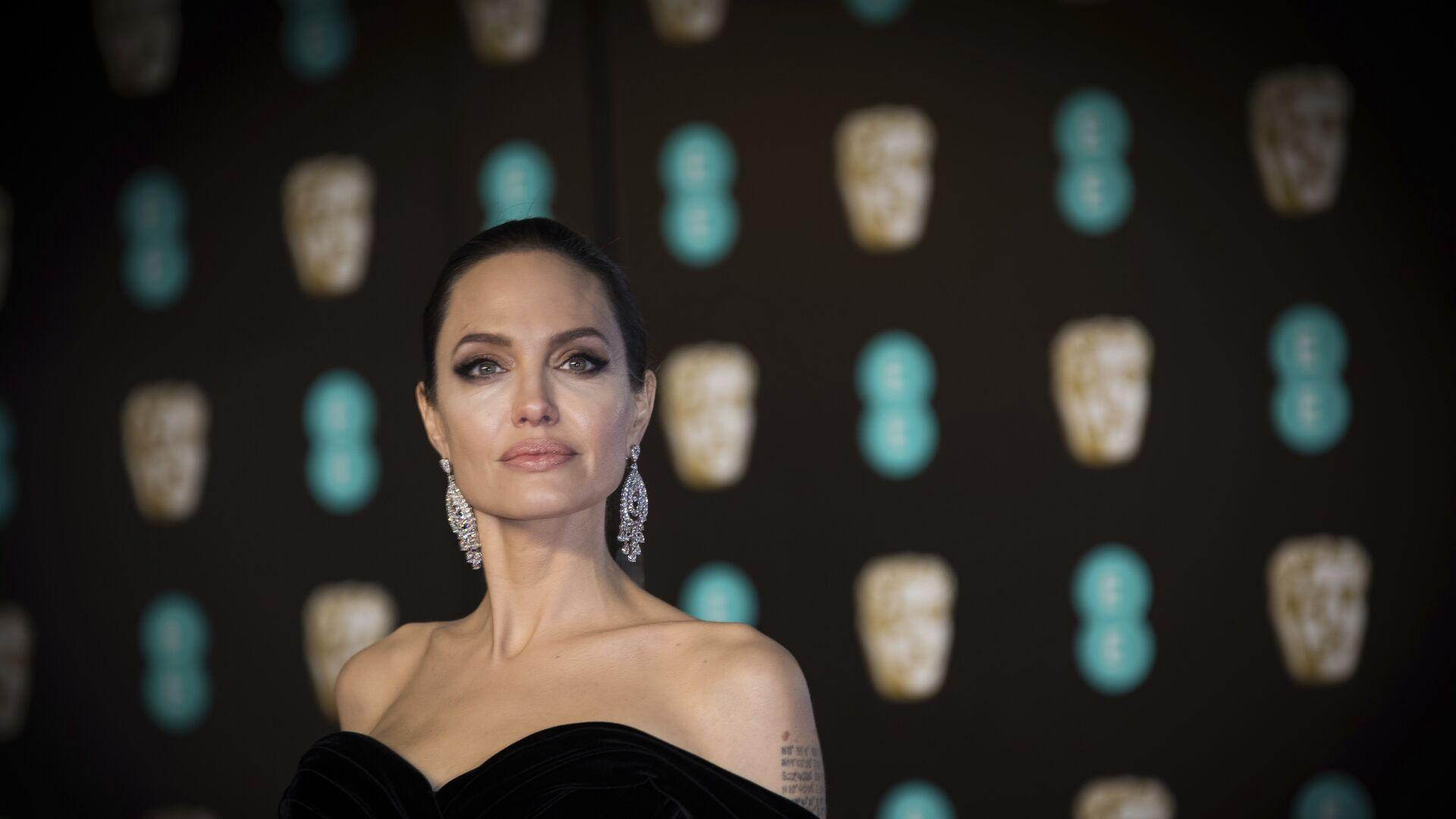 Американская актриса Анджелина Джоли - РИА Новости, 1920, 16.07.2021